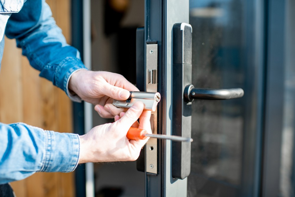 How You Can Avoid Burglaries in Newcastle